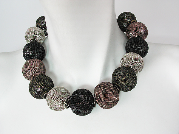 Mesh Necklace with All-Around Large Mesh Beads