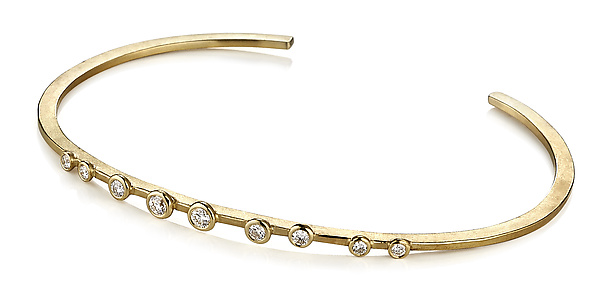 Linear Cuff Bracelet in 18k Yellow Gold