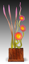 Day in the Garden in Magenta by Warner Whitfield and Beatriz Kelemen (Art Glass Sculpture)