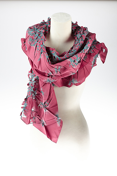 Flower Petal Print & Pleats Scarf in Pink & Blue
