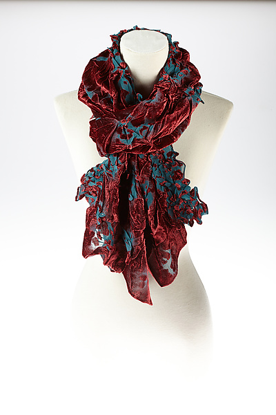 Velvet Flower Petal Print & Pleats Scarf in Berry and Blue