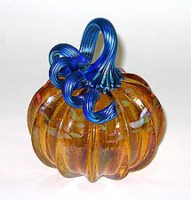 Gold Topaz Pumpkin by Ken Hanson and Ingrid Hanson (Art Glass Sculpture)