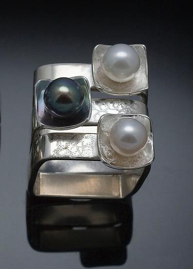 Square on Square Stacking Rings