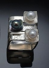 Square on Square Stacking Rings by Chi Cheng Lee (Silver & Pearl Rings)