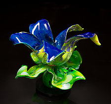 Spring Fields Flower by April Wagner (Art Glass Sculpture)