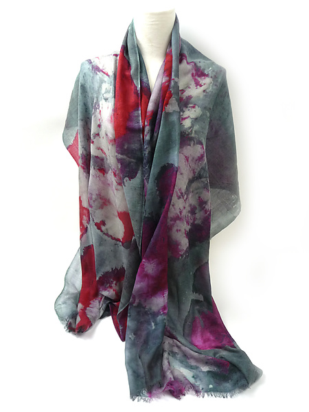 Floral Shawl in Gray Red