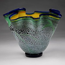 Small Fissure Vessel  in Brilliant Emerald with Topaz Interior by Eric Bladholm (Art Glass Bowl)