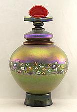 Lidded Gold Vines Vessel by Ken Hanson and Ingrid Hanson (Art Glass Vessel)