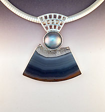 Heavy Mesh Pendant with Brazilian Agate with crystals and grey mabe pearl by Marie Scarpa (Silver & Stone Necklace)