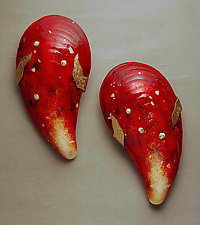 Grande Moules Pair in Red by Michael Dupille (Art Glass Wall Sculpture)