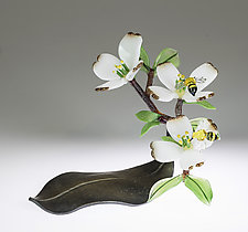 Dogwood with Bees by Loy Allen (Art Glass Sculpture)