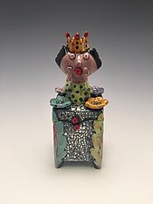 Reyna by Lilia Venier (Ceramic Box)
