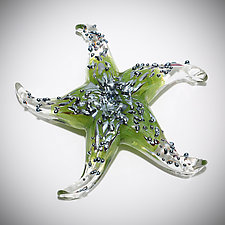 Green Starfish Sculptural Paperweight by Michael  Hermann and Gina Lunn (Art Glass Paperweight)