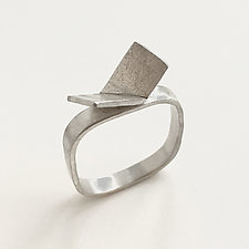 Butterfly Ring by Jane Pellicciotto (Silver Ring)