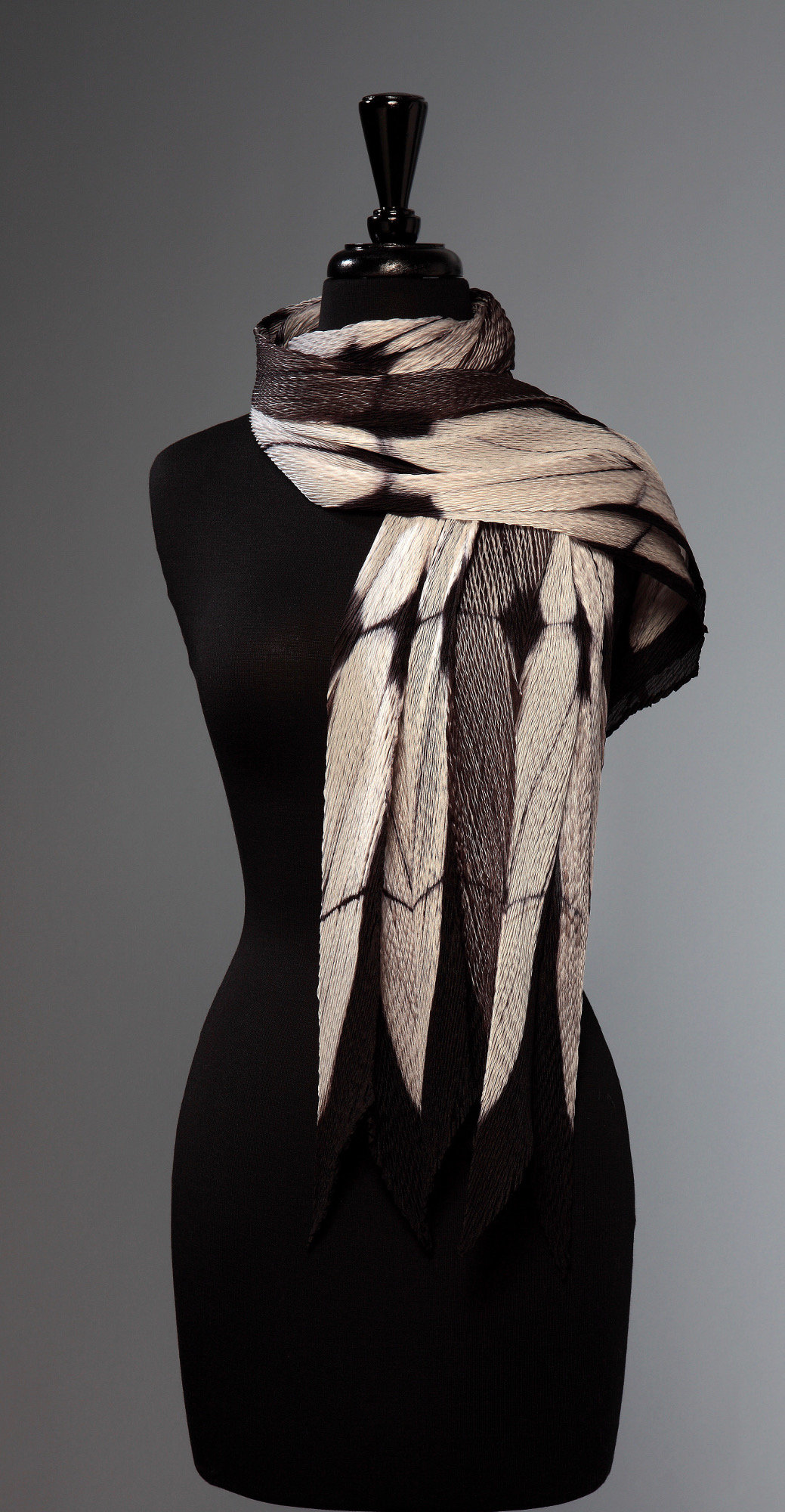 Pleated White and Black Structure Scarf