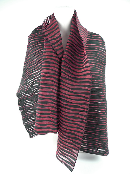 Accordion Drape Pleats Scarf in Black Red