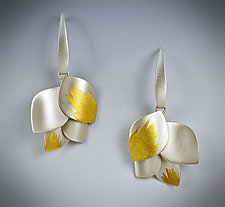 Leaf Cluster Dangle by Judith Neugebauer (Gold & Silver Earrings)