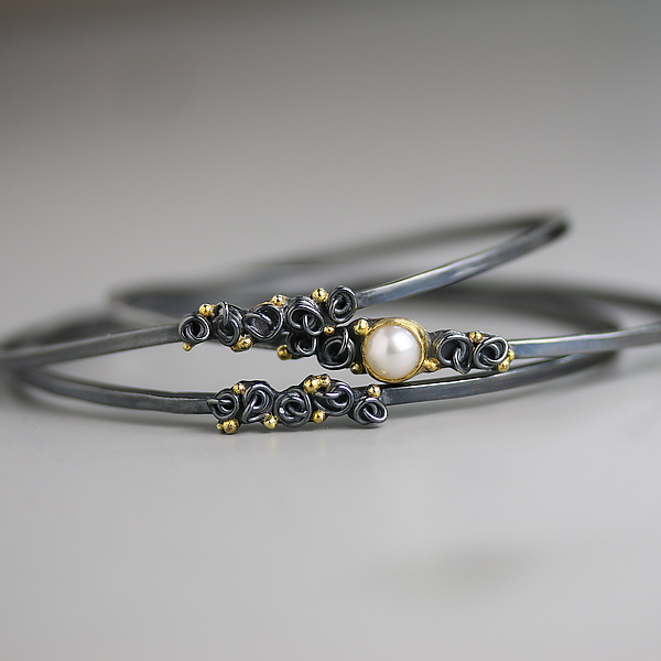 Pearl and French Knots with Dots Bangle