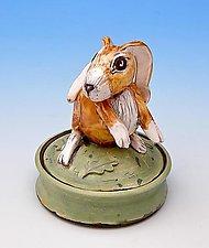 Rabbit jar by Amy Goldstein-Rice (Ceramic Box)