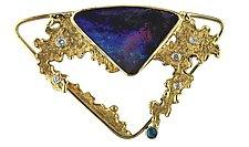 A Bolder-Boulder Opal Brooch by Karina Mattei (Gold & Stone Brooch)
