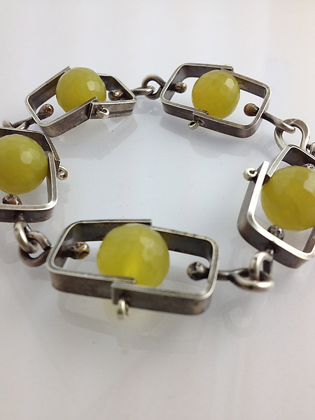 Short Climb Bracelet with Olive Jade