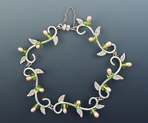 Petite Leaf Bracelet with Pearls and Peridot