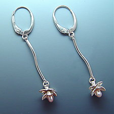 Hanging Bloom on a Twist by Ellen Vontillius (Silver & Pearl Earrings)