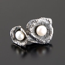 Couple... by Aleksandra Vali (Silver & Pearl Earrings)