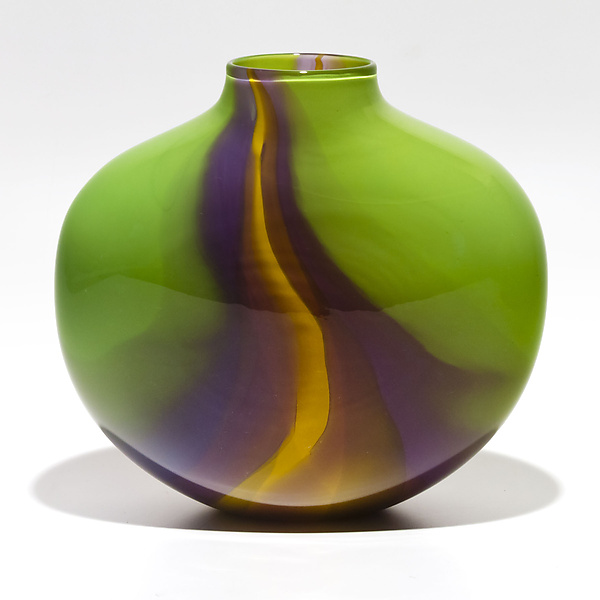 Opaque Flat Ribbon Vase