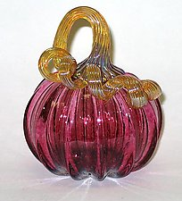 Small Transparent Ruby Pumpkin by Ken Hanson and Ingrid Hanson (Art Glass Sculpture)