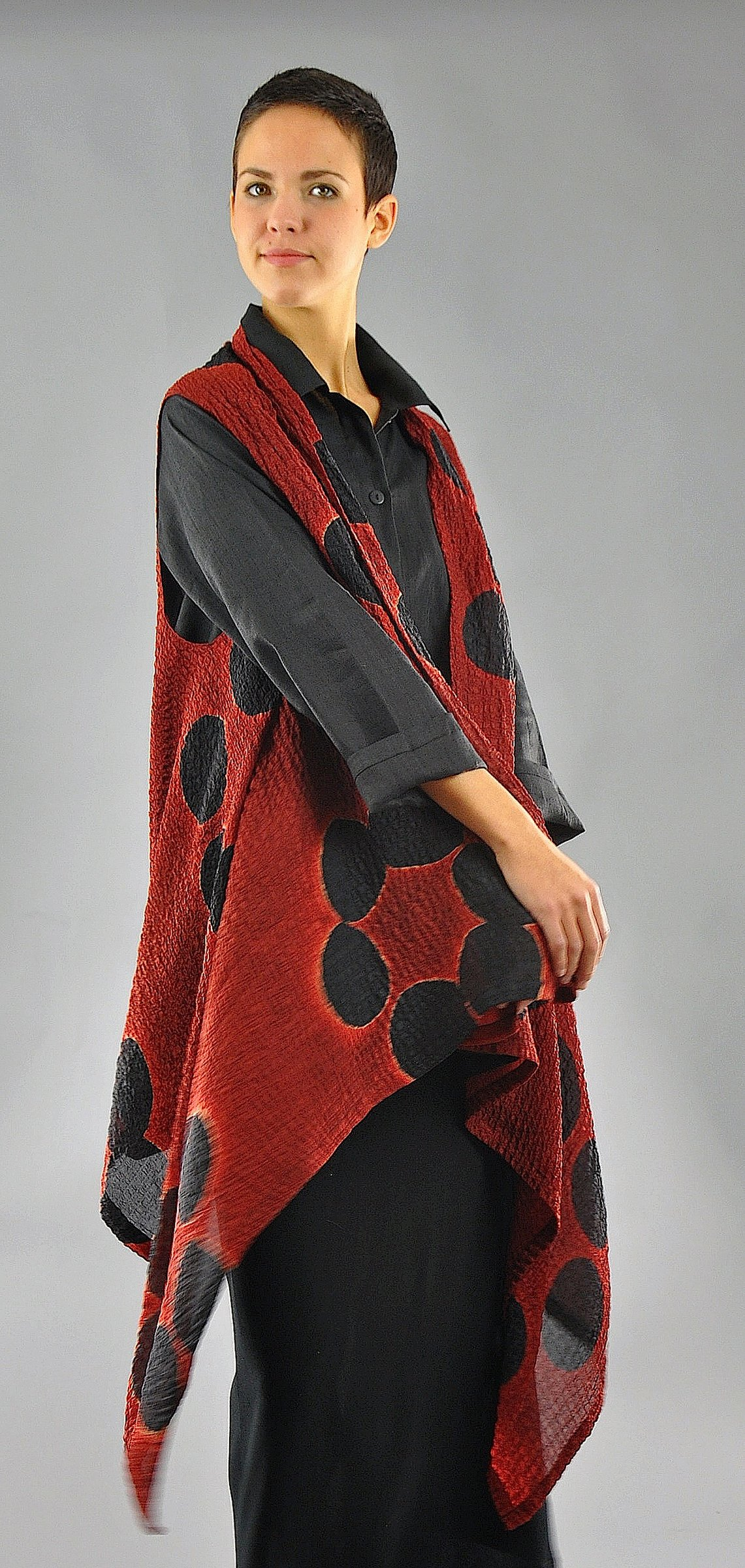 Red and Black Bubble Silk Willow Vest