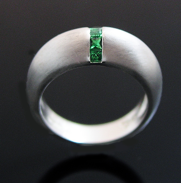 Dome Ring with Tsavorite