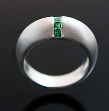 Dome Ring with Tsavorite by Claudia Endler (Silver & Stone Ring)