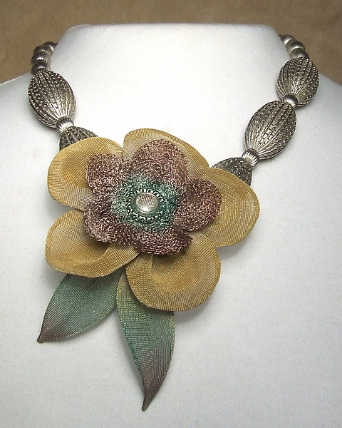5-Petal Flower Necklace on Corrugated Bead Strand