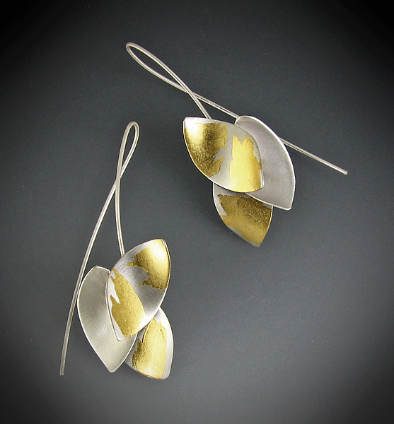 Curling Leaves Earrings