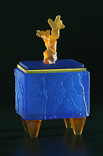 Coral Shell Box by Georgia Pozycinski and Joseph Pozycinski (Art Glass & Bronze Sculpture)