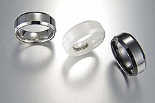 Ceramique Beveled Ring by Etienne Perret (Ceramic Ring)