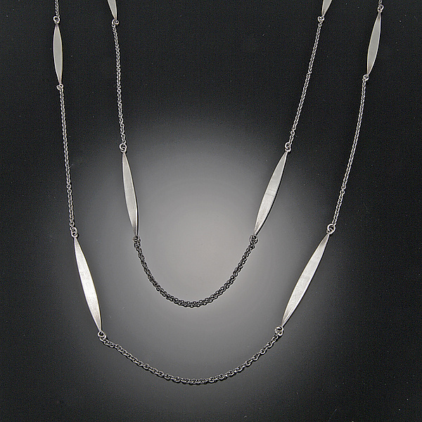 Long Leaf Chain Necklace
