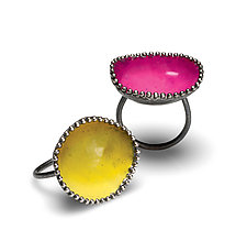 Beaded Ring by Analya Cespedes (Enameled Ring)
