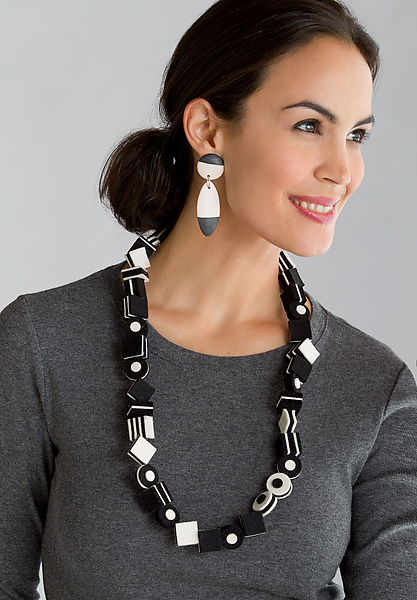 Black and White Licorice Necklace