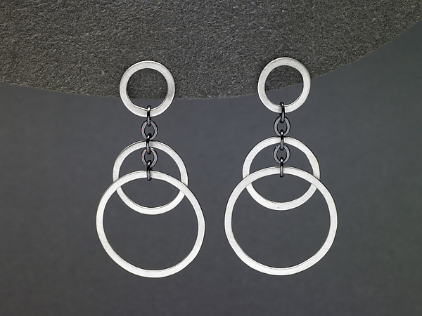 Small Circle Bunches Earrings