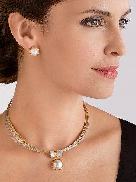 Orbit Pendant and Mabe Pearl Earrings Set