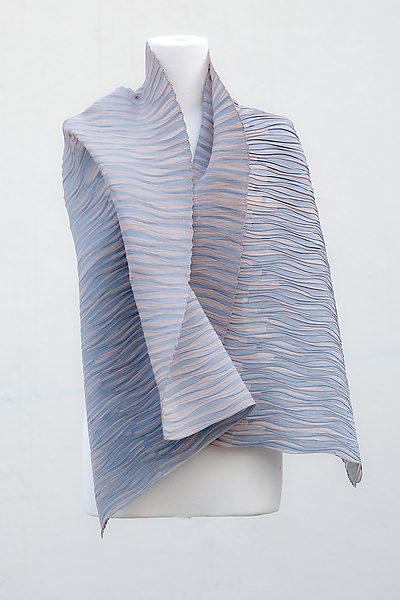 Accordion Drape Pleats Cotton Scarf in Powder and Asphalt