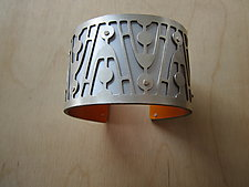 Medium Jetson in Silver by Gogo Borgerding (Silver & Aluminum Bracelet)