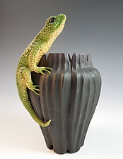 Lizard on Fluted Vase by Nancy Y. Adams (Ceramic Vase)
