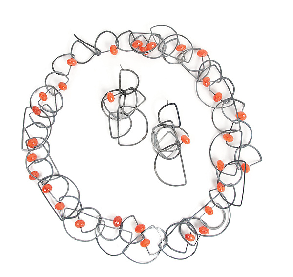 Tangle Half-Circle Necklace & Earrings - Carnelian