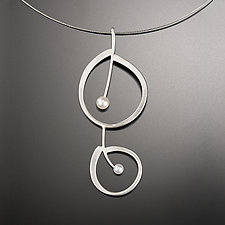 Melody Necklace by Aleksandra Vali (Silver & Pearl Necklace)