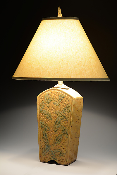 Tall Keystone Lamp with Leaves in Amber