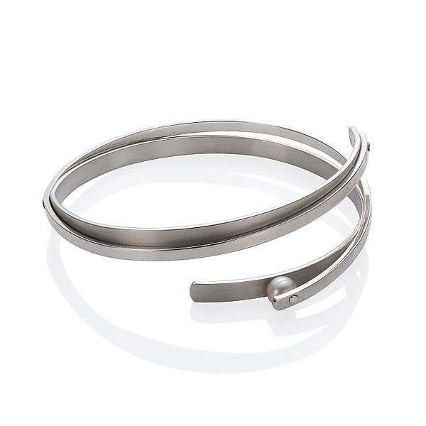 Bangle with Rivet-Set Pearl