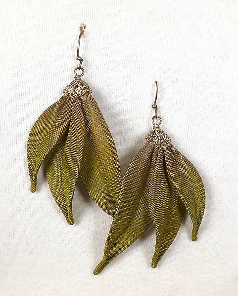 Three Leaves Dangle Earrings